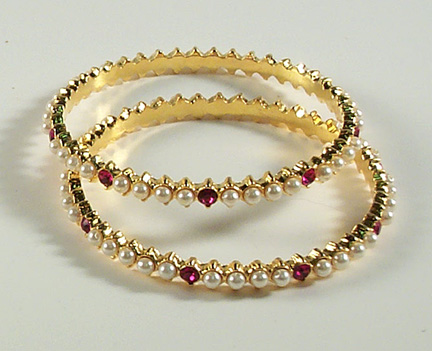 Pearl/Red Stone - Bangles set of 2