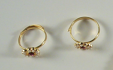 Ring Set - Pearl/Red Stone